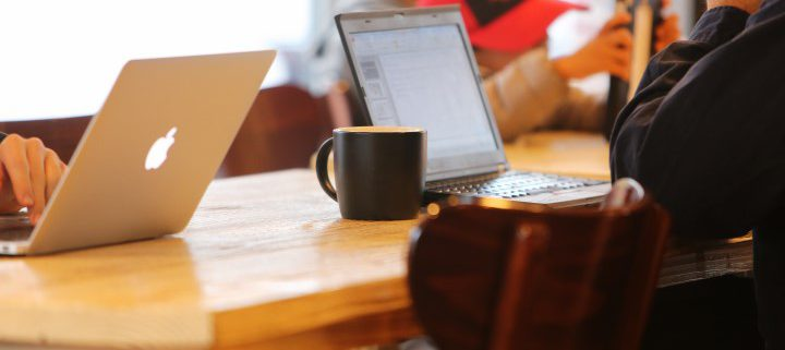 2014-11-Life-of-Pix-free-stock-photos-coffee-work-computer-table-leeroy (Small)